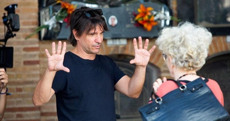 Achero Mañas rueda 'Un mundo normal', su primera película en ocho años